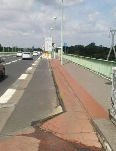 Schikane auf Kölner Zoobrücke