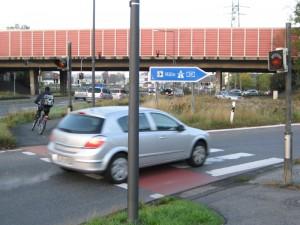 Lebensgefährlich: Radweg Heidestraße