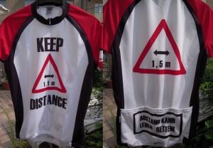 Keep distance! Abstand kann Leben retten!