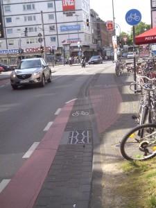 12 Meter RWBP auf der Venloer Straße